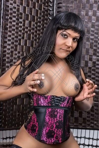 Diana Mora FERRARA 3248494251